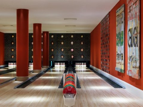 the-croc-bowling-alley