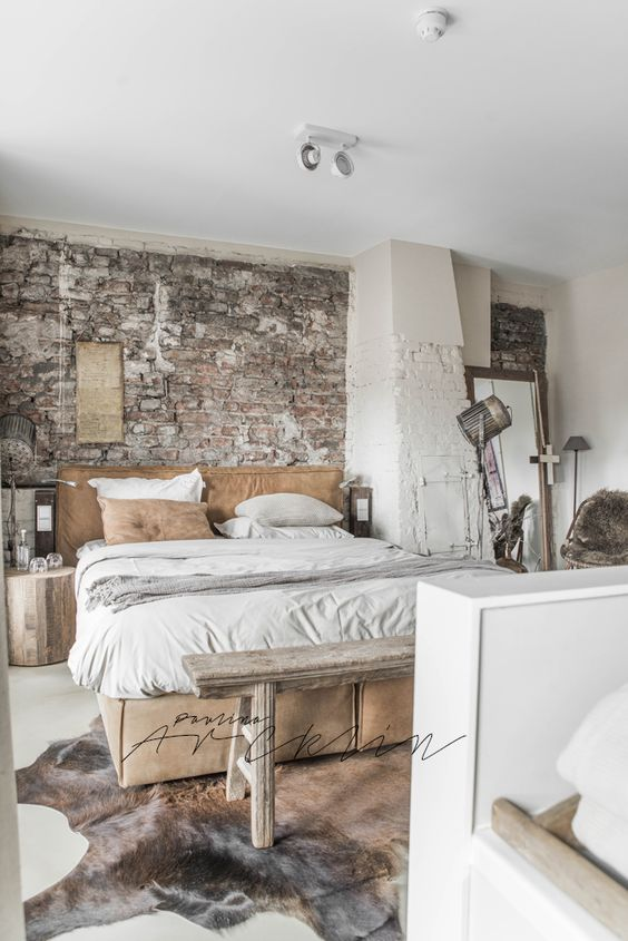 Beautiful Industrial Bedroom Decor