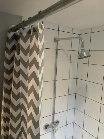 showertilespole